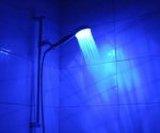 LED-Duschbrause, blau