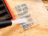 Staubsauger-Aufsatz mit 30 flexiblen Saug-Röhrchen